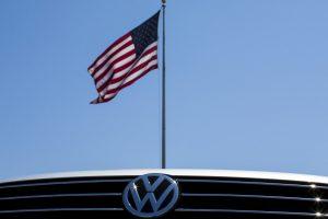 """""""Dyzelinis skandalas"""": """"Volkswagen"""" sutiko sumokėti kompensacijas"""