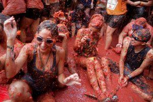 """Ispanijos miesteliai tikisi atkartoti """"Tomatinos"""" festivalio sėkmę"""