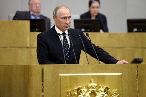 V. Putinas ragina stiprinti Rusijos gynybą