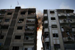 ES lyderiai Sirijos režimo rėmėjams grasina sankcijomis