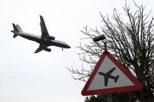 Verslo neįkvepia naujos skrydžių kryptys