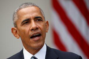 B. Obama Baltuosiuose rūmuose priims D. Trumpą