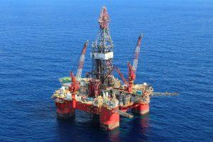 Meksikos įlankoje užsiliepsnojo JAV naftos gavybos platforma