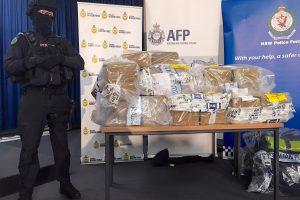 Australijos policija konfiskavo daugiau kaip toną kokaino ir sulaikė 15 vyrų