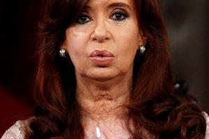 Argentinos eksprezidentei gresia naujas tyrimas dėl sprogdinimo žydų centre