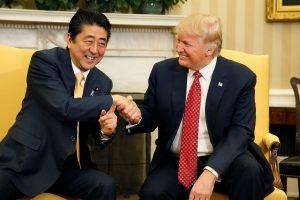 D. Trumpas ir Sh. Abe: Šiaurės Korėja yra didelė ir auganti grėsmė