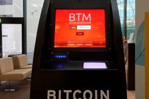 Monero užima populiarumą prarandančio bitkoino pozicijas