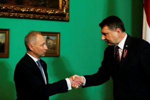 Latvijos prezidentas vyriausybę formuoti pavedė J. Bordanui