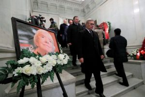 Rusija atsisveikina su iškilia žmogaus teisių gynėja L. Aleksejeva