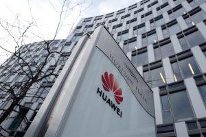 """""""Huawei"""": esame pasiruošę bendradarbiauti su Lenkija"""