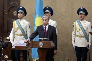Kazachstano sostinė buvusio prezidento garbei pervadinama Nursultanu