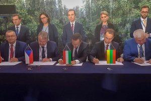 """""""Rail Balticos"""" ir """"Via Balticos"""" projektams – užsienio šalių ministrų parama"""