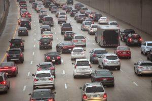 Paryžiuje, Atėnuose, Madride ir Meksike bus uždrausti dyzeliniai automobiliai?