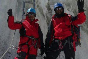 Nepalas nubaudė indų porą: apsimetė įkopę į Everestą