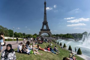 Paryžiuje pradeda veikti Eifelio bokšto apsaugos sistema