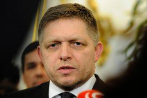 """Po rinkimų Čekijoje Slovakijos premjeras pavadino savo šalį """"proeuropietiška sala"""""""