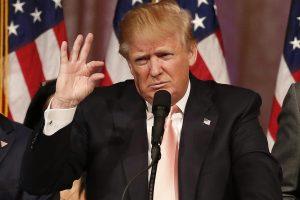 D. Trumpas savo kritikus perspėja dėl riaušių