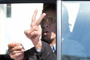 """Kipras sutiko išduoti Kairui """"EgyptAir"""" lėktuvo užgrobėją"""