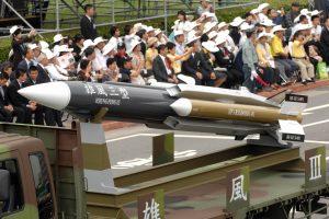 Taivanas per klaidą paleido raketą į žvejų laivą Kinijos link