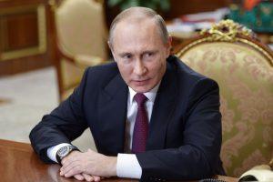 V. Putinas pasirašė dekretą dėl pirmojo naujos Dūmos posėdžio