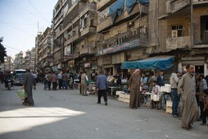 Sirijos opozicija pradėjo puolimą Alepo apsiausčiai pralaužti