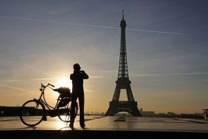 Eifelio bokštą apjuos stikline siena