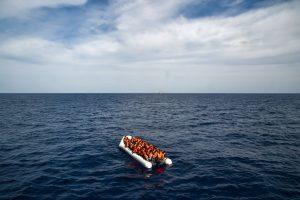 Egėjo jūroje nuskendus valčiai žuvo 11 migrantų, dar keturi dingo