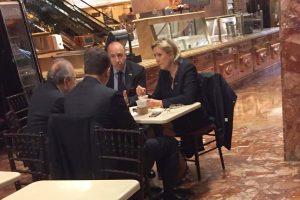 Prancūzijos ultradešiniųjų lyderė apsilankė D. Trumpo dangoraižyje