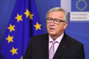 """EK vadovas pristatys ,,Baltąją knygą"""" apie ES ateitį"""