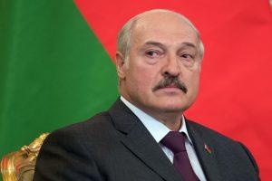 """A. Lukašenka: Baltarusija neatšauks """"veltėdžių"""" mokesčio"""