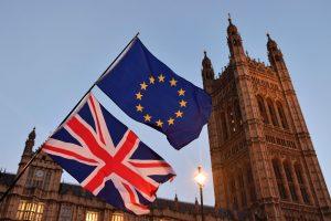 """Britanija paskelbė naujus pasiūlymus dėl ES piliečių teisių po """"Brexit"""""""