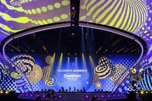"""Įdomūs """"Eurovizijos"""" faktai: šimtai kilometrų kabelio ir tonos įrangos"""