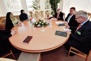 Iranas siūlo Lietuvai atidaryti ambasadas Vilniuje ir Teherane