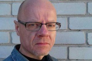 Tapytojas D. Rakauskas: piešiant autoportretą svarbiausia yra nuotaika