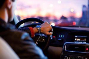 Svarbūs pakeitimai vairuotojams – dokumentų vežiotis neprivalu