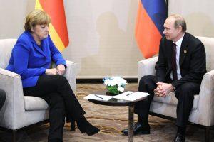 V. Putinas ir A. Merkel aptarė paaštrėjusią padėtį Sirijoje