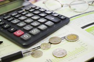 Nauja tendencija: žmonės ima domėtis įmonių kredito istorijomis