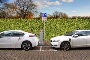 Ž. Vaičiūnas: iki 2022 m. – penkis kartus daugiau elektromobilių