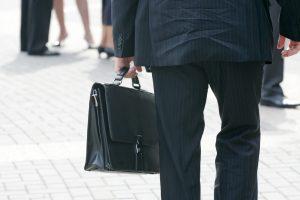 Per metus valstybės tarnautojų sumažėjo beveik puse tūkstančio