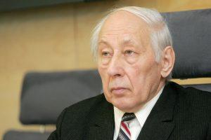 Kaune atsisveikinama su signataru B. Gajausku