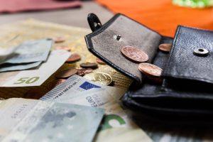 Tyrimas: dauguma lietuvių biudžetą planuoja savo galvoje