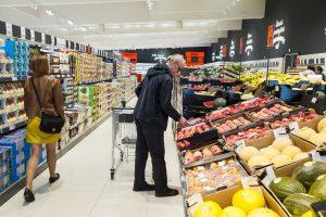Prekybininkai apyvartą gerina didindami kainas