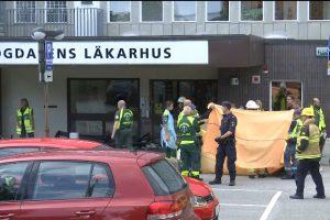 Stokholme į žmones rėžėsi senolės automobilis: žuvo moteris