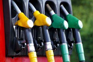 Benzino ir dyzelino kainos Lietuvoje – mažiausios Baltijos valstybėse