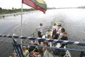 Maršrutas Kaunas–Nida pakibo ore