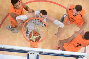 Eksperimentai lietuvių krepšininkams susuko galvas