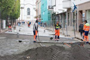 Laisvės alėjos rekonstrukciją žada užbaigti sparčiau ir pigiau