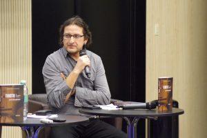 G. Norvilas: save kaip poetą reikia sužlugdyti