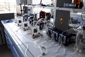 Mokslininkai: elektrą gamins ir mikrobai