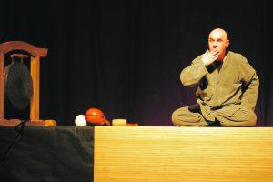 Spektaklyje – vienas svarbiausių klausimų